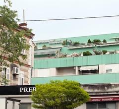 Split central apartment,free private parking 2