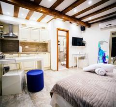 Apartment Genius Loci 1