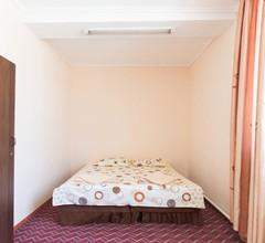 Apple Hostel Bishkek 2