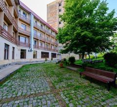 Hotel Kirovakan 2