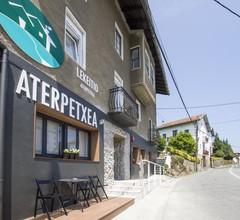 Lekeitio Aterpetxea Hostel Auto Check-in 1