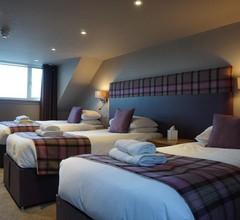 Lochside hotel 2