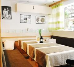 Family Hotel Apolonia 1