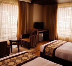 Ariya Hotel 2