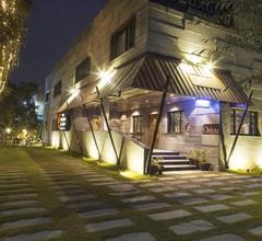 Royaute Luxury - Suites & Hotel, Lahore 1