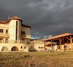 Tsaghkunq Guest House 1