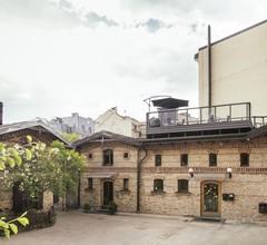 Amalienhof Hostel Riga 2
