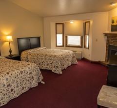 Hilltop Inn & Suites 1