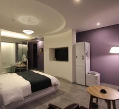 Instar Hotel 2