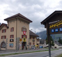 Sust Lodge am Gotthard 2
