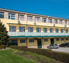 Hostel Izida 2 1