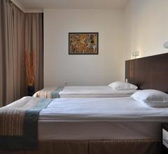 Hotel Burgas Free University 1