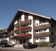 Hotel Churfirsten 2