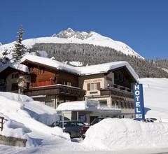 Hotel Cresta 1