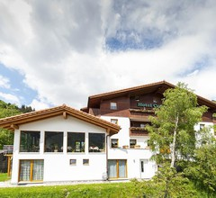 Hotel Cuntera 1