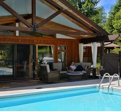 Casa Bella Guesthouse on Sechelt Inlet 2