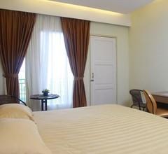 Muara Hotel and Mall Ternate 1