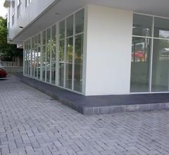 RedDoorz Hostel @ Manado Green Hostel 1