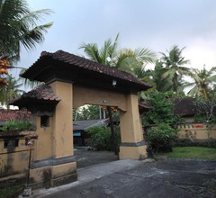 Liang House and Hostel 1
