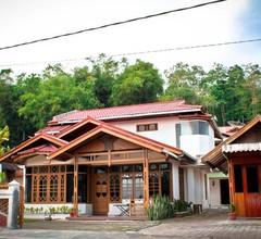 Bamboosa Guest House 1