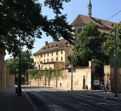 Charles Square Hostel 2