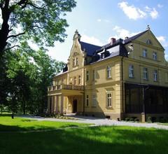 Pałac Gruszów 2