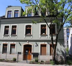 999 Aparthostel 1