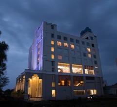 Hotel Trinity Grand 2
