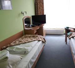 Hotel Jaskółka 2