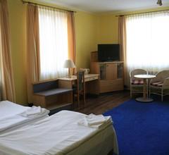 Hotelik Kopernik 2