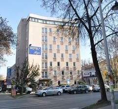 Hotel Logos 1