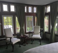 Greenview Manor Luxury Bed & Breakfast 2