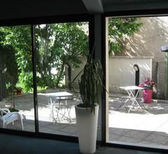 Hôtel Le Lacuzon 1