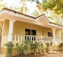 Hill Top Goa Lodge 1