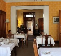 Montague Guest House 2