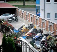 Hotel und Pension Am Burchardikloster 1