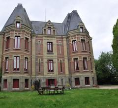 Château de la Croix Bizet 1