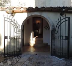 Il Portico 1