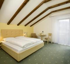 Garni Apartments Sirmian 1