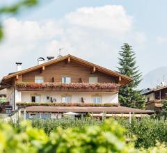 Tirolerhof Pension 1
