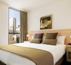 Oaks Brisbane on Charlotte Suites 1