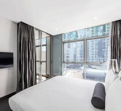 Meriton Suites North Sydney 1