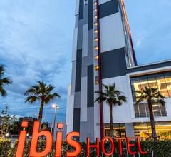 ibis Bangkok IMPACT 2