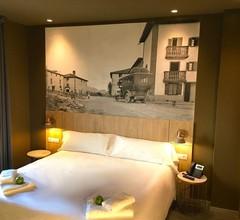 Hotel Landaben 2