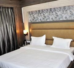 Hotel Continental Blue 2