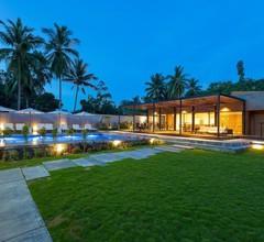 Meridian Adventure Marina Club & Resort 1