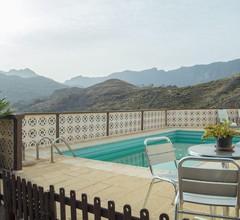 Lightbooking - Mountain & pool 2