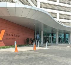 Locale Houston - Medical Center at Vantage 1
