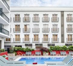 AQUA Hotel Bertran Park 1