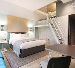 room2 Southampton 2